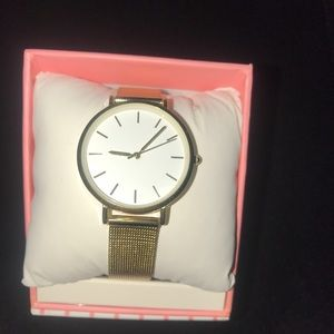 🌟NWOT Plain Gold Watch 🌟